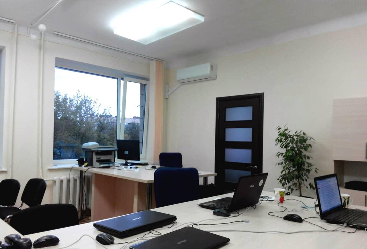 схема вентиляции помещения 100 м2